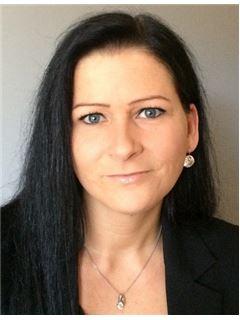 Christine Schöpf - RE/MAX Immoreal 1