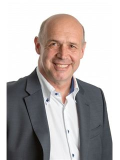 Wolfgang Hechfelner - RE/MAX Traunsee