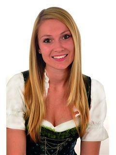 Stefanie Winkler - RE/MAX Servus