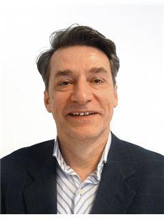 Johann Schandl - RE/MAX Real Experts