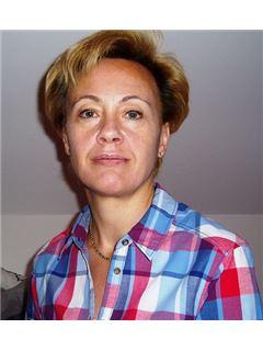 Christa Berger-Mathioudakis - RE/MAX Speedy
