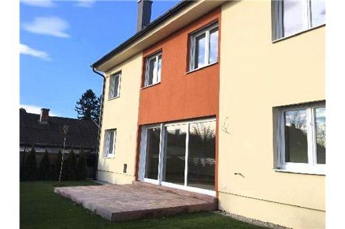 Haus Arminen Wohnzimmer_Küche_Gartentür