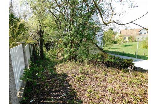 03. Grundstück 2102 Bisamberg