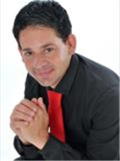 Fabian Curto - Intern - Jacaranda - Faerie Glen