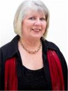 Denise Esterhuysen - Experts