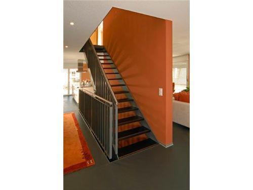 Treppenhaus und Entree