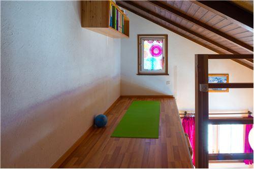 Galerie Duplexwohnung 1.OG & DG West BGF 79 m²