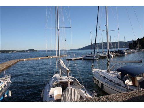 Porto ad Intra - Yachthafen in Intra
