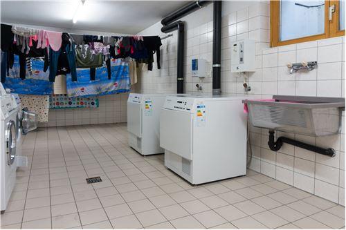 Waschraum (Waschküche)