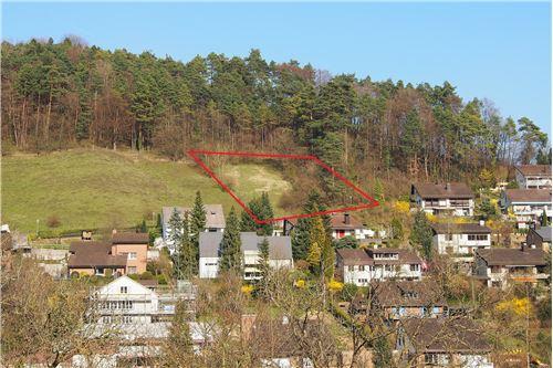 2 Grundstücke an sonniger, erhöhter Südhanglage