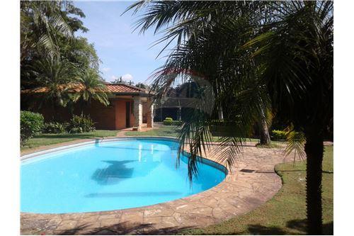Aregua, Central - Venta - 480,000 USD