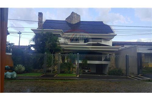 Recoleta, Asunción - Venta - 784,000 USD