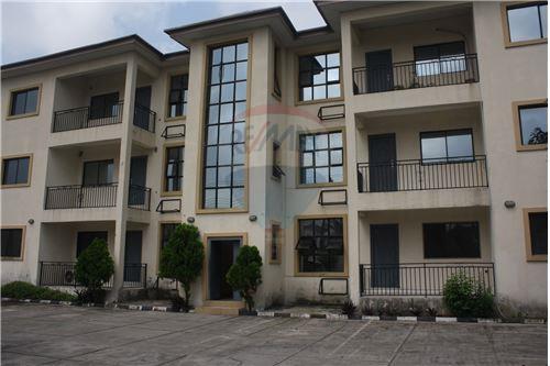 Lekki, Lagos - For Rent/Lease - 2,000,000 ₦