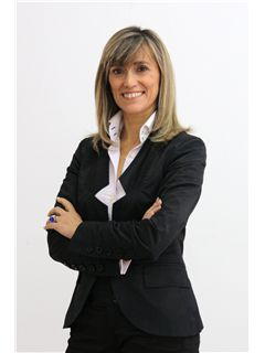 Director(a) de Agência - Ana Maria Baptista - RE/MAX - ConviCtus