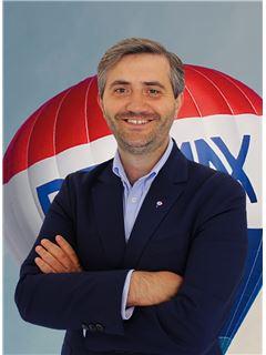 Sérgio Oliveira - RE/MAX - Market