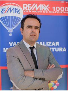 Valdemar Matias - RE/MAX - 1000