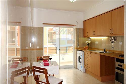 Excelente apartamento na Vila Nova de Caparica