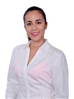 Gabriela Chavez Justiniano - RE/MAX Corporacion Inmobiliaria 1