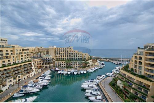 Portomaso, Sliema and St Julians Surroundings - For Sale - 2,950,000 €