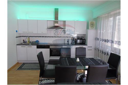 RE/MAX United Appartement à vendre à Belvaux