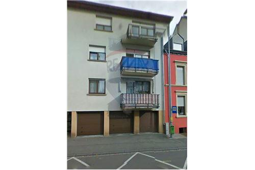 RE/MAX Premium, appartement à vendre à Bettembourg