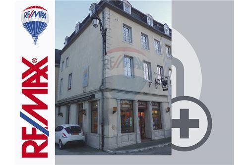 Echternach, Est - A vendre - 1.390.000 €