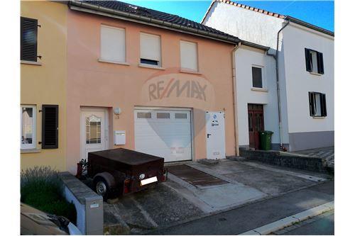 RE/MAX Premium, maison à vendre à Sandweiler