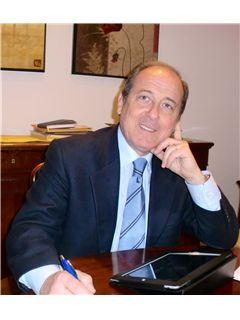Broker Titolare - Elio Damiani - RE/MAX Link