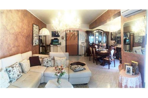 Messina, ME - In vendita - 167.000 €