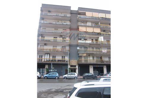 Bari, BA - In vendita - 280.000 €