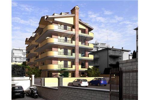Roma, RM - In vendita - 195.000 €