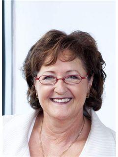 Helga Sattler - RE/MAX in Lörrach