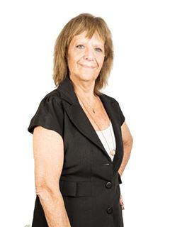 Patricia Kuttler - RE/MAX Express