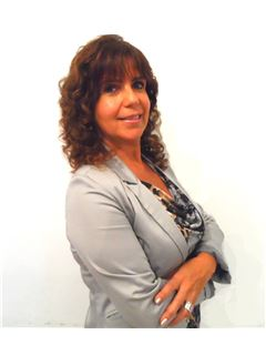 Monica Alejandra Mazza - RE/MAX Premium