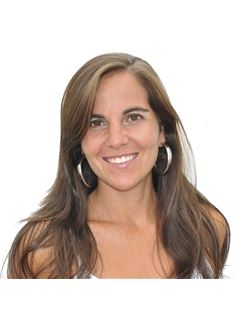 Associate in Training - Silvana D'Alessandro - RE/MAX Litoral