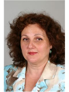 Mihaela Coleasa - RE/MAX Central