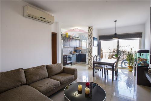 Mesa Geitonia, Limassol - For Sale - 175,000 €