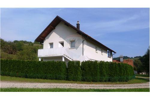 Maribor, Podravje - Prodamo - 120.000 €