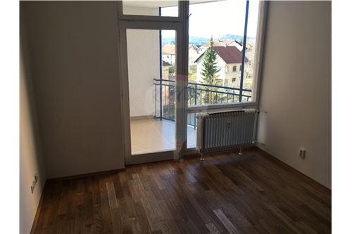 LJ - Šiška, Ljubljana (mesto) - Prodamo - 145.000 €