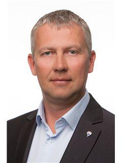 Maakler/omanik - Aivar Vilbo - RE/MAX Central