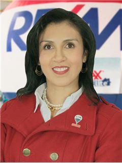 Carolina Vallejo Gonzalez - RE/MAX Elite