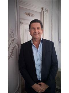 Directeur d'agence - Guy Legras - RE/MAX Collection Haussmann