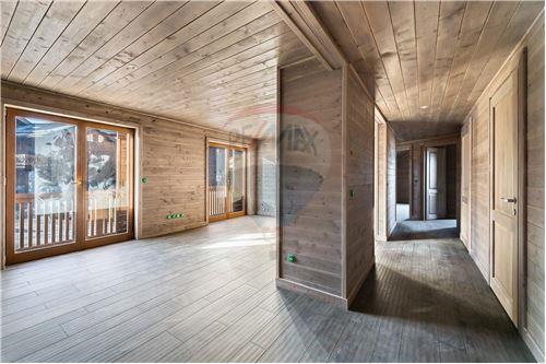 Les Allues, Savoie - Vente - 777.000 €