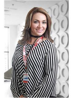 Lucia Magdalena Veintimilla Alvarado - RE/MAX Platinum