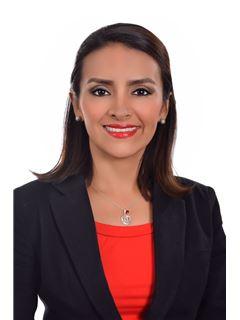 Karem Jaqueline Mendoza Lopez - RE/MAX Plus