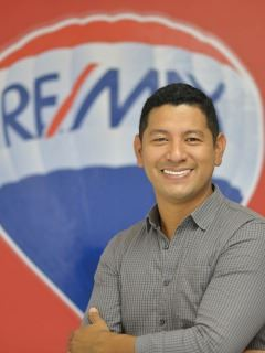 Luis Antonio Cruz Pintado - RE/MAX Pacific