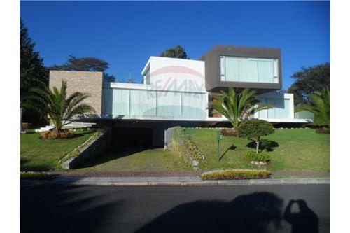 Puembo, Pichincha - Quito - For Sale - 1,550,000 USD