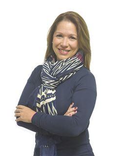 en formación - Karina Rossini - RE/MAX Único