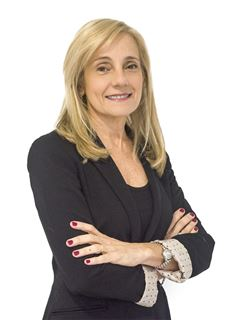 Flora Benmaor - RE/MAX Focus