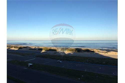 Playa Brava, Zona Punta del Este - Venta - 180,000 USD